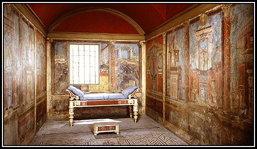 The frescoes of pompeii interior decoration in ancient for Ancient roman interior decoration