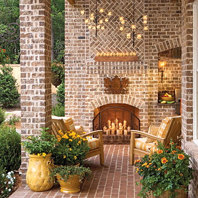 www.southernliving.com/home-garden/gardens/front-back-screen-porch-patio-00417000071944/page6.html