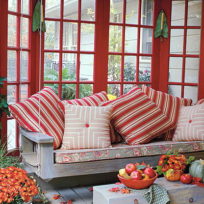 www.southernliving.com/home-garden/gardens/front-back-screen-porch-patio-00417000071944/page2.html